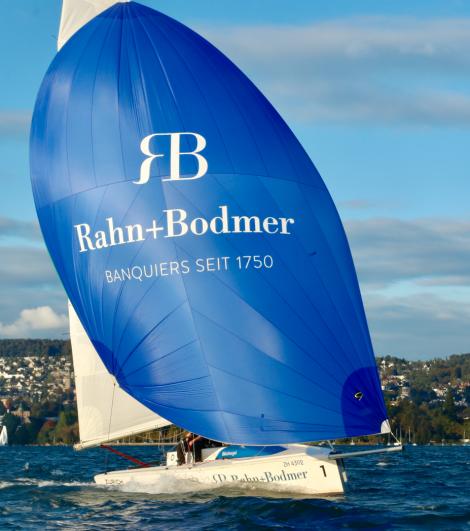 mOcean Segelboot mit Logo von Rahn+Bodmer Co,